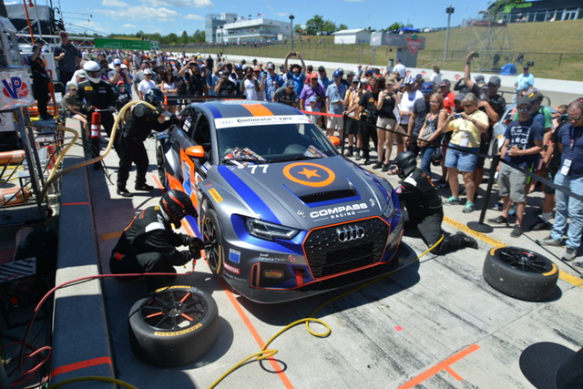 Our #77 TRUMPF Audi & pit crew participated in the pit stop demonstration during the pre-race Fanwalk. As you can see, it was quite popular!