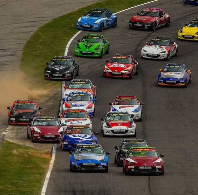 MX-5 Cup: Staying Busy at Barber