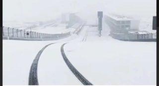 07_SnowyTrack