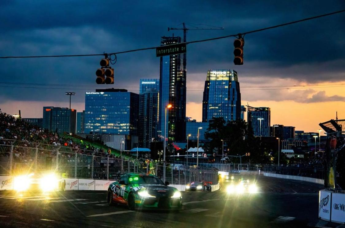 The Nashville street circuit looked particularly dramatic from this spot!